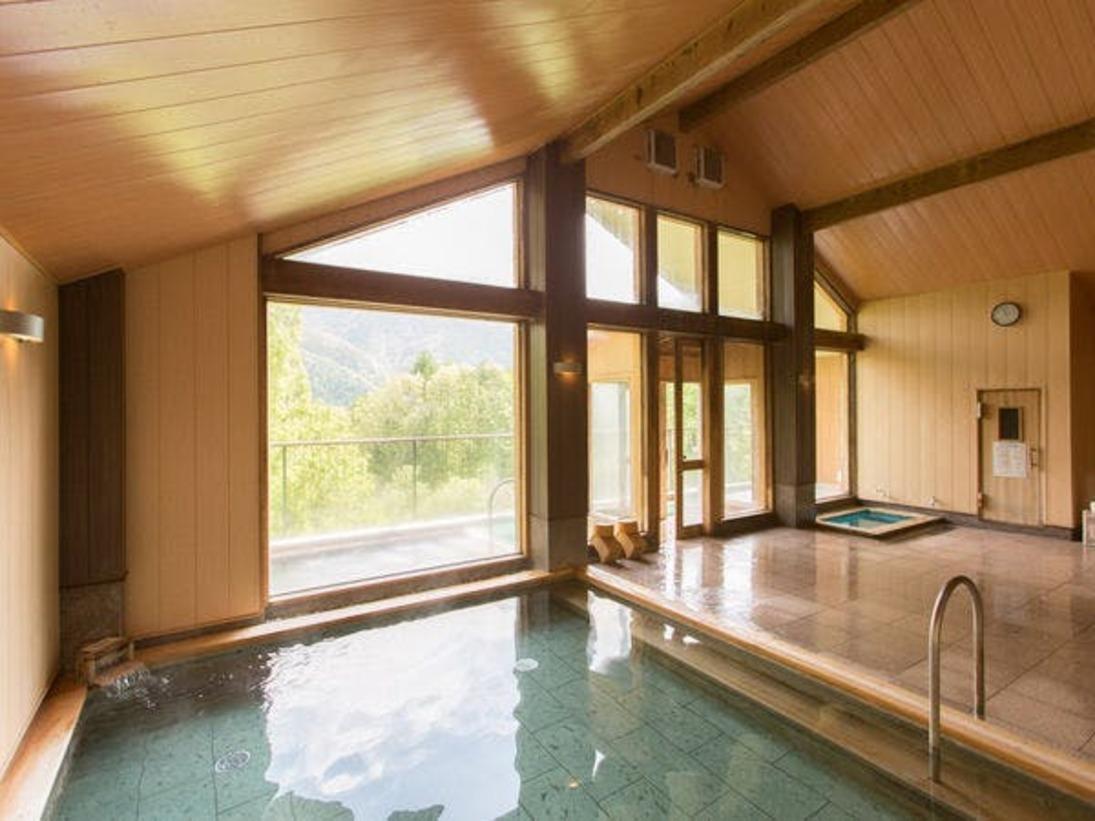 温泉大浴場「檜のお風呂」