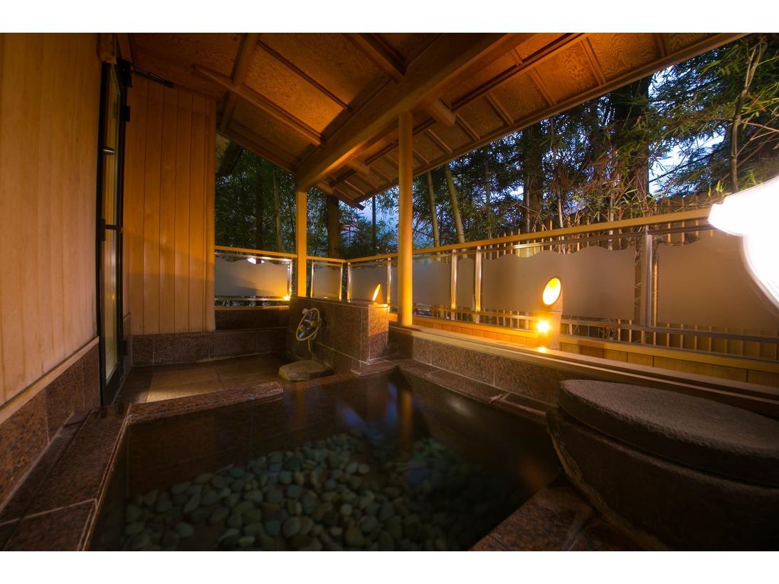 源泉かけ流し露天風呂付き客室(5,6階)