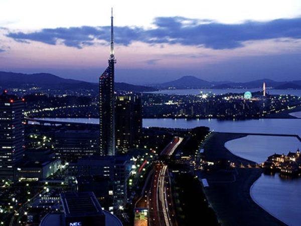 福岡タワー側の夜景