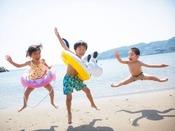 【夏のアクティビティ】海水浴スイスイ