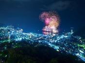 熱海海上花火大会がきれいにみることができます