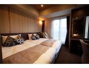 ツインルーム20平米 40インチTV 120cm幅ベッド×2台