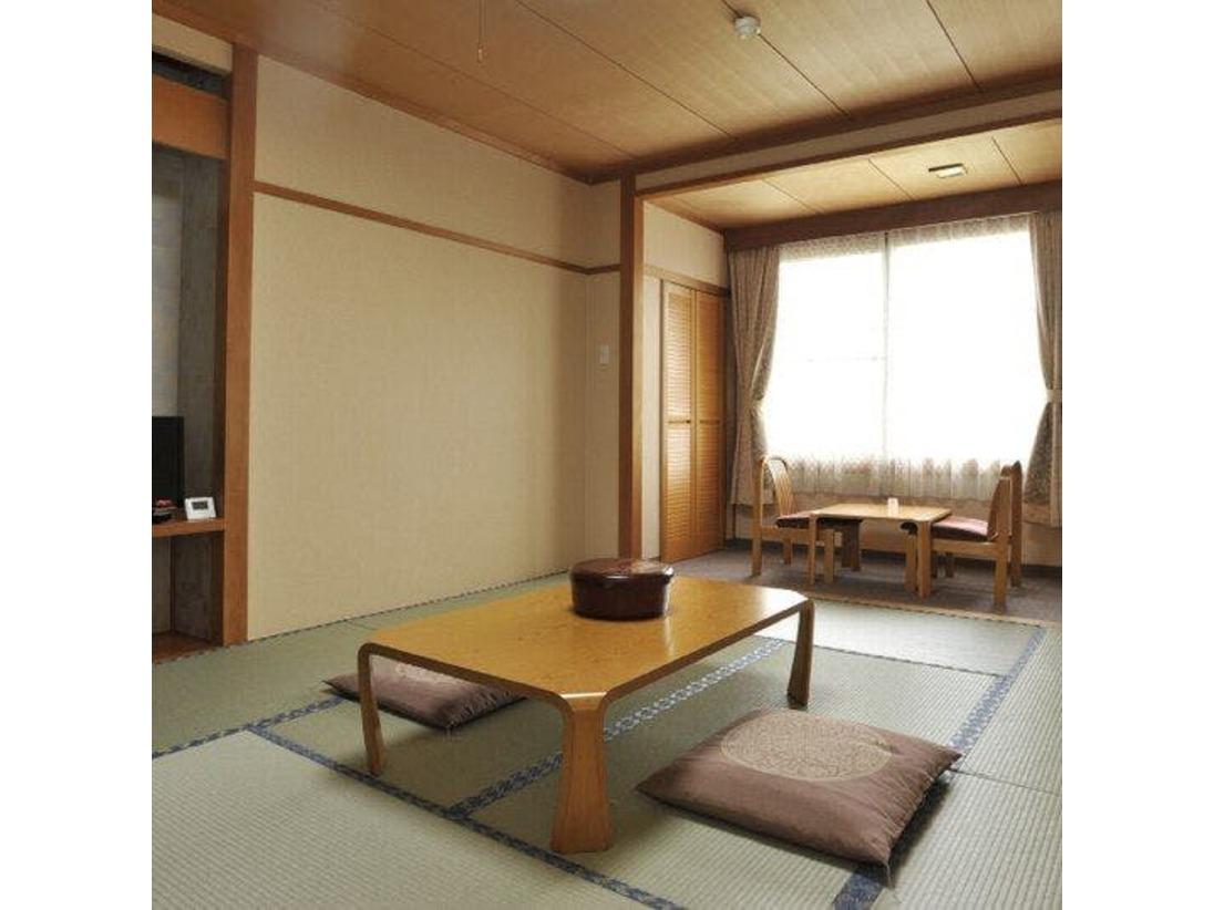 【和室】澄んだ空気に包まれた軽井沢リゾート