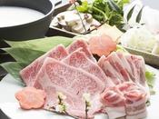 総料理長「照井享悦」が、旬の素材を生かし丹精込めて一品一品お造りします。
