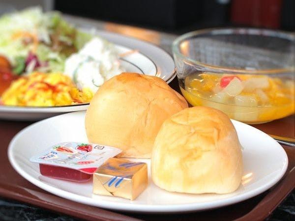 朝食盛り付け例(洋食)