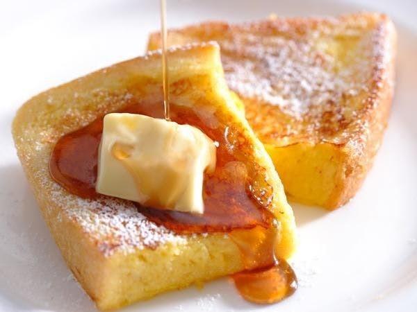 目の前で作るフレンチトースト!