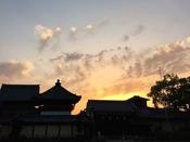 【世界遺産 西本願寺】徒歩数分で会える京都らしい夕暮れ。