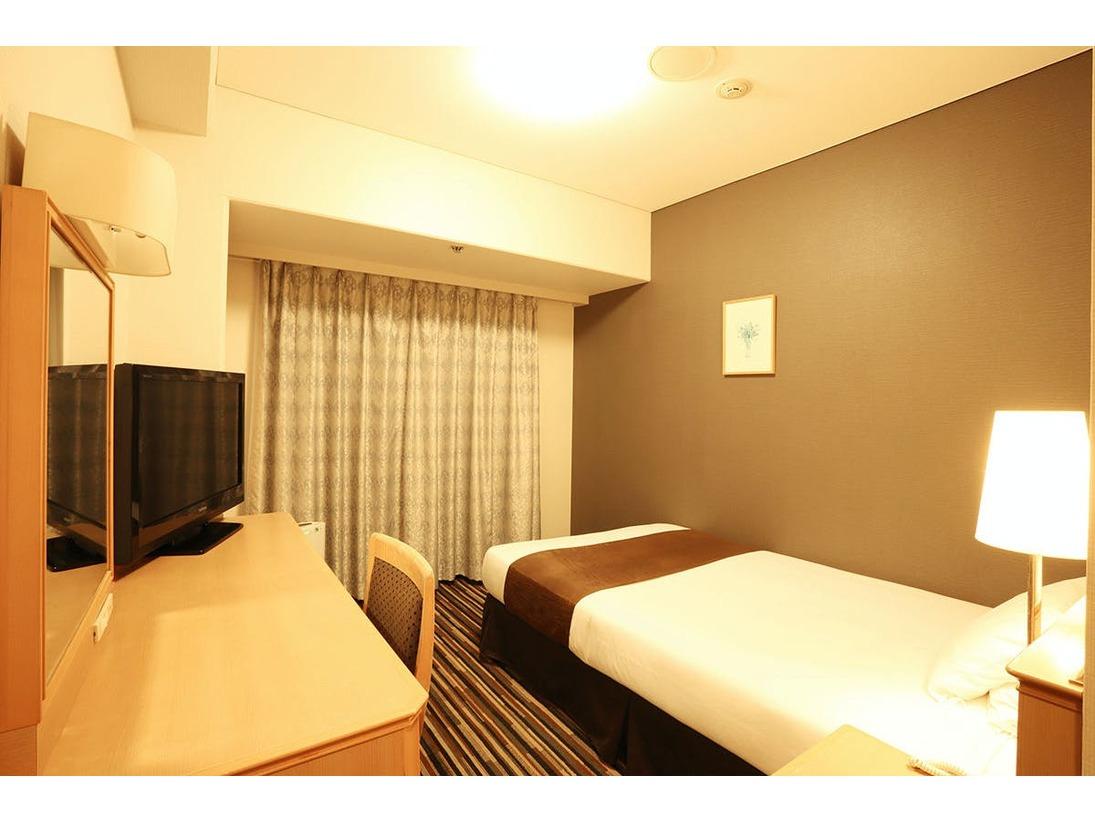 シングル:リーズナブルな価格設定とワンランク上の快適さを両立したお部屋です。お一人での贅沢なくつろぎをお約束します。