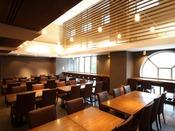 2階レストラン『和食割烹 彩旬』テーブル席