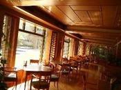 プールガーデンレストラン「風光」