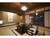 離れ『青嵐荘』。日本庭園に囲まれた静かで落ち着きのある空間で憩う癒しのひと時を。
