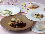 【トップオブキョウト/14F】料理イメージ京都で唯一の回転展望レストランです!