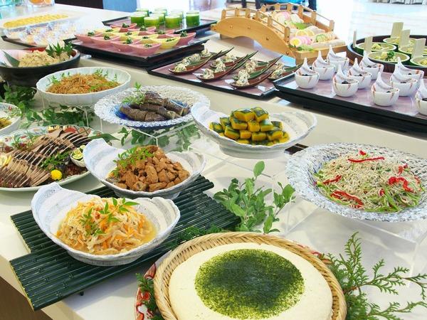 旅館の朝らしい、絶妙な味付けの和食料理
