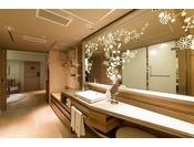 ルーム・パルタジェ(4F) 42平米~ 洗面台・バスルーム ~