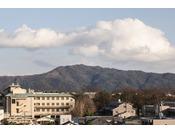【ホテル東側の景色】~ 五山の送り火も一部ご覧いただけます! ~