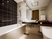 【レギュラーフロア】バスルーム(一例)地下から汲み上げた天然水を使用