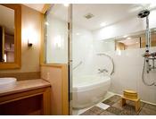 10F【エグゼクティブフロア】和スイートは洗い場付きのバスルーム