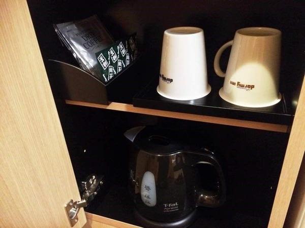 電子ケトル、ドリップコーヒー、お茶