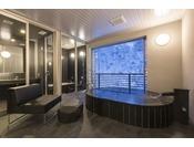 半露天風呂+内湯(ジャグジー付)ラージツイン客室203号室※源泉100%掛け流しの温泉お二人ゆったりの広めの浴槽