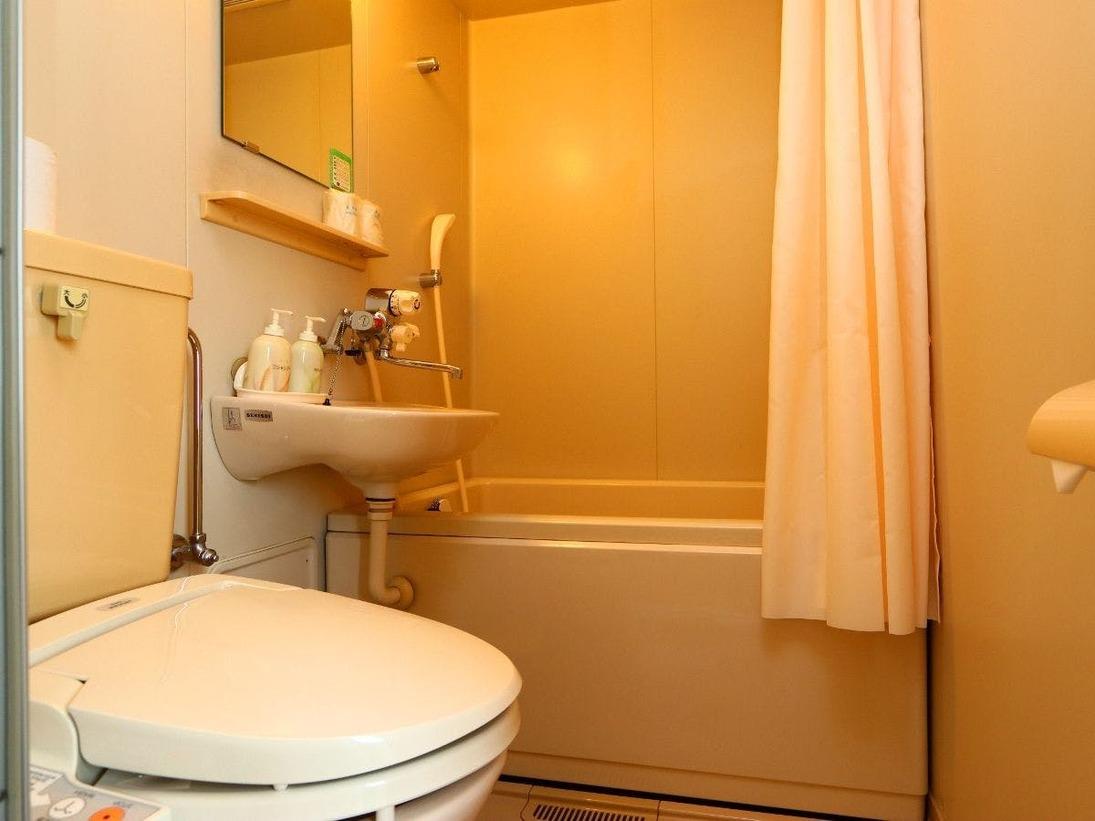 西館のバス・トイレ・洗面になります