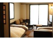 【客室】ツイン。居心地と使い勝手の良い客室。