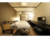 【客室】和風ダブル。1泊から長期のご滞在まで。