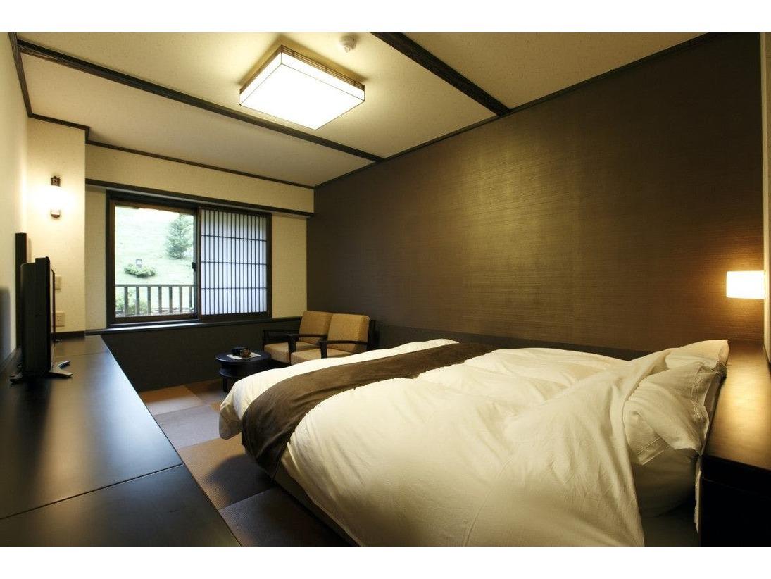 【客室】和風ダブル。180センチ幅ベット(2名定員) ・Double room / Queen bed