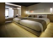【本館ザ・カンラスイート】キングサイズのベッドにてごゆっくりおくつろぎください。