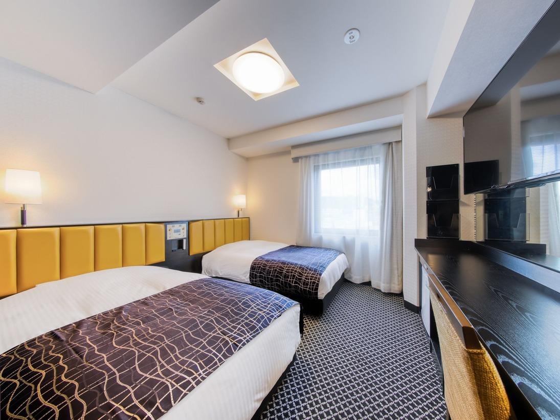 ツインルーム(広さ15平米/ベッド幅143cm)