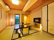 ◆和室 -風の間-◆~日本庭園側~ 和の心を感じて(33平米)