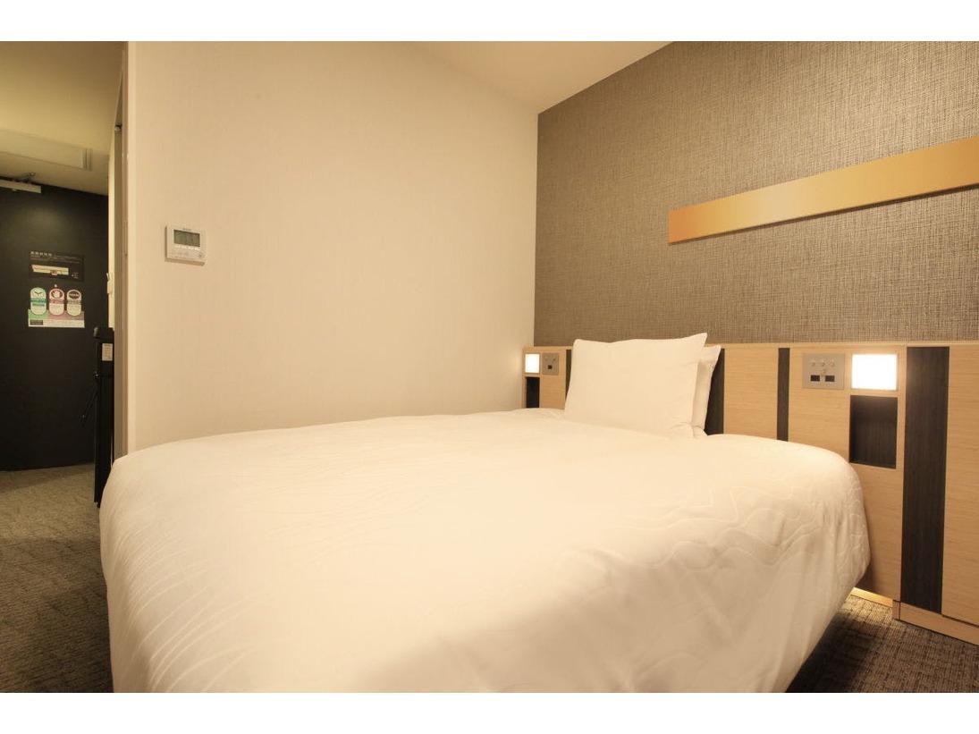 モデレートシングルルーム 広さ18平米/ベッド150cmテレビ40インチ/ユニットバス