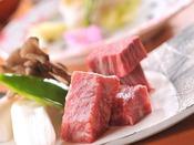 ★和洋室限定和会席のメイン料理★信州プレミアム牛フィレ&サーロイン食べ比べ♪
