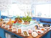 ◇スタジオビュッフェ「もぐもぐ」◇和食は干物やあおさ汁などご用意。洋食メニューもたっぷりご用意がございます。