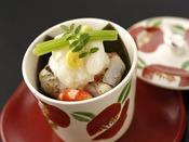 冬の特選会席「清月」一例:甘鯛かぶら蒸し。萩・長門の地元の幸。地元ならではの新鮮な味わいをご堪能くださいませ