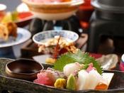 秋会席「夕霧」:旬のふく刺やふく唐揚はもちろん、萩白倍貝やイカなど日本海の幸などをご賞味