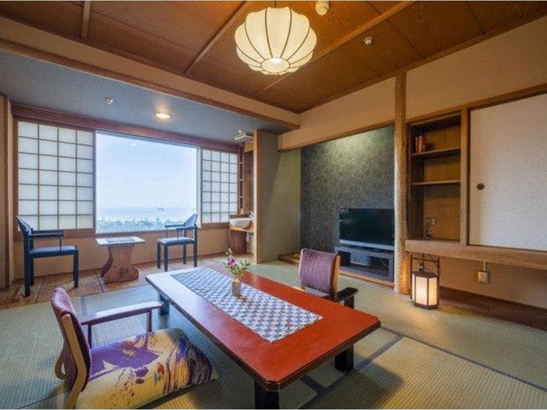 ◆客室 本館(一例)/どこか懐かしいぬくもりを感じられる客室です。