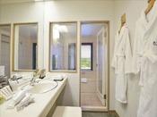 【ラグジュアリーツイン】最上階(磐梯山ビュー)37平米 バス・トイレ別 フランスのアメニティ「オムニサンス」はラグジュアリーツインルーム限定。