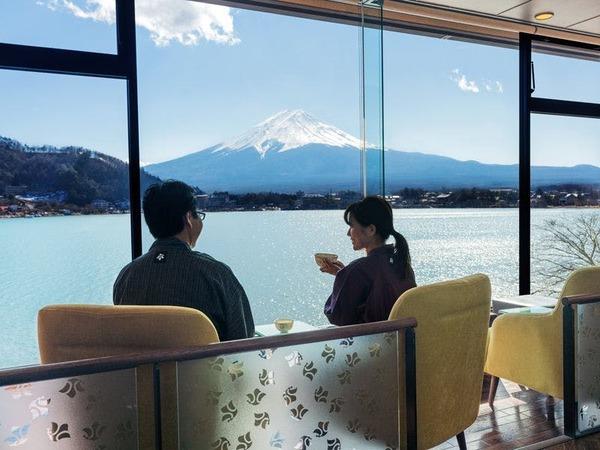 お茶しながら富士山