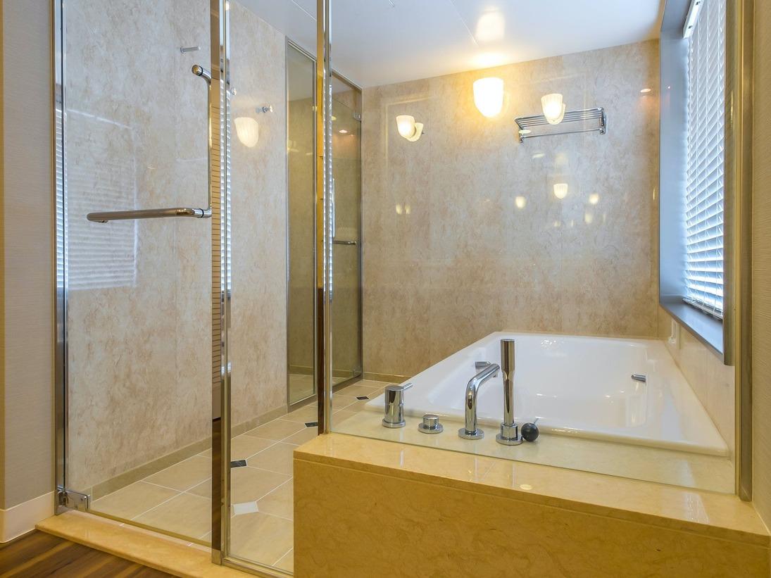 【コーナースイートルーム 109平米】バスルーム  ※イメージです