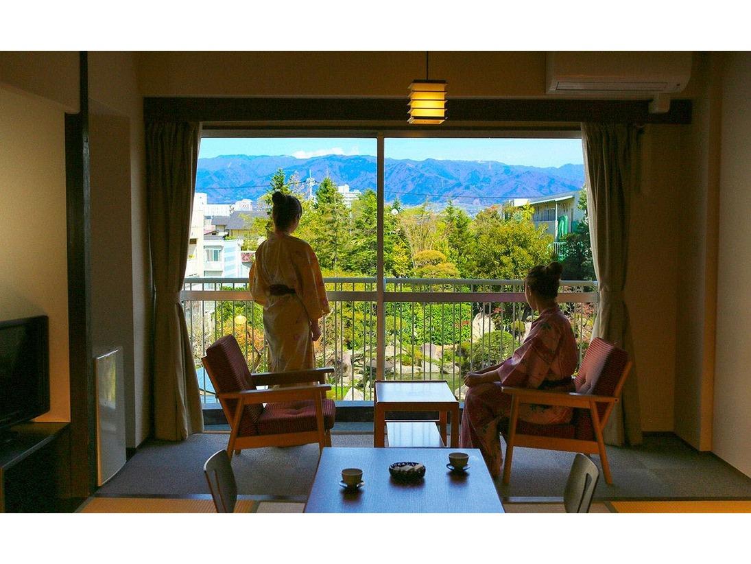 日本庭園を臨むお部屋