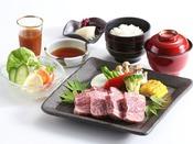 【MON石窯ステーキ御膳】ボリューム満点ステーキ。