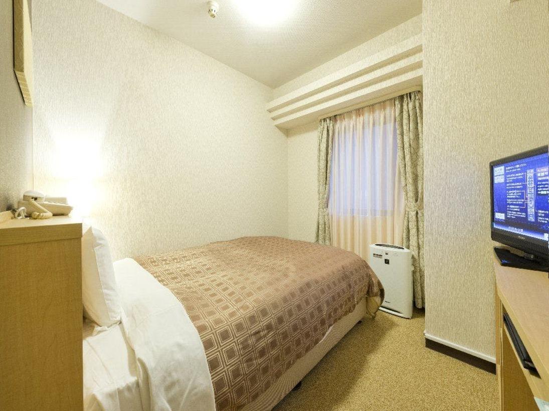 シングルルーム14.8平米(ベッド幅120センチ~140センチ)