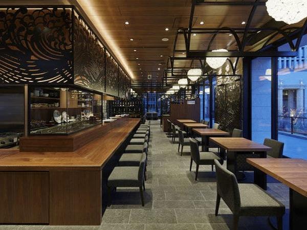 2Fレストラン「博多廊」