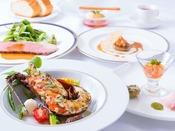 特選ディナー~贅沢な食材と信州地場産の食材を随所に使用し、料理長がじっくり手をかけて調理した上高地フレンチの最上級コース。