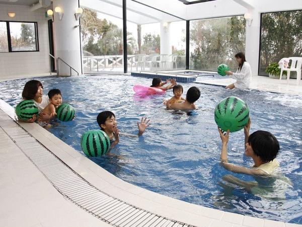 屋内 温水プール