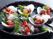~花盛り イメージ~ おひとり様ずつのお料理を、美しく盛り合わせてご提供。