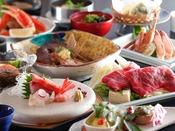 ~蟹&国産牛しゃぶ会席~ 冬の食材『カニ』は焼きや茹でで堪能、国産牛のしゃぶしゃぶに名物アラ炊きも添えて。