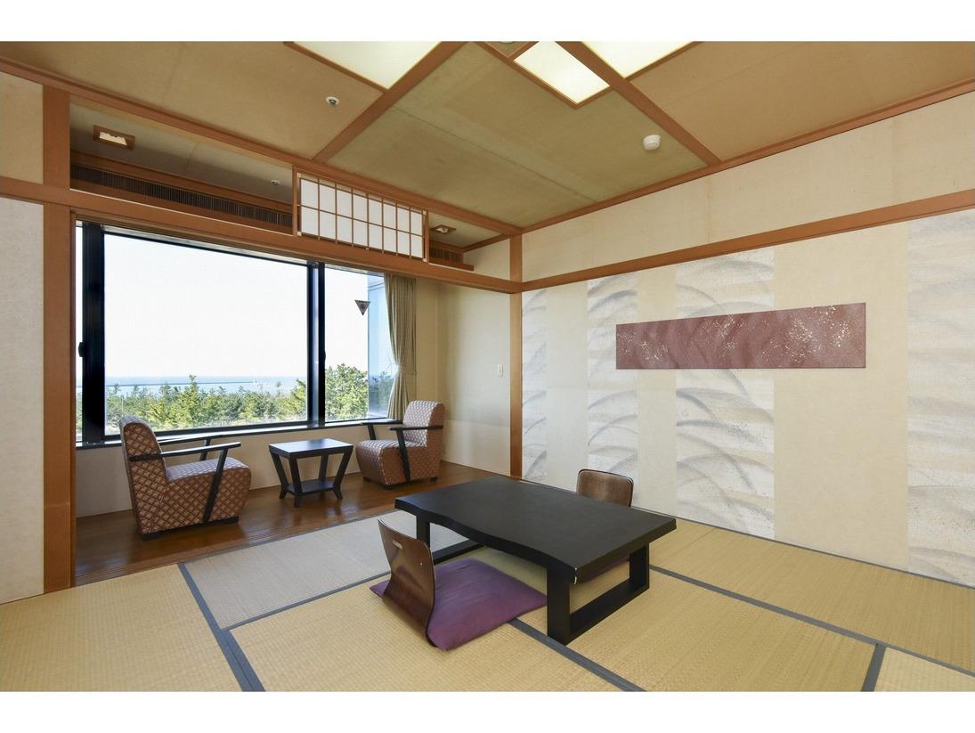 和室8~10畳(ユニットバス)最大4名様まで御宿泊が可能のお部屋です。
