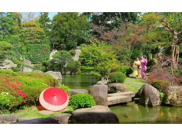 日本庭園を散策