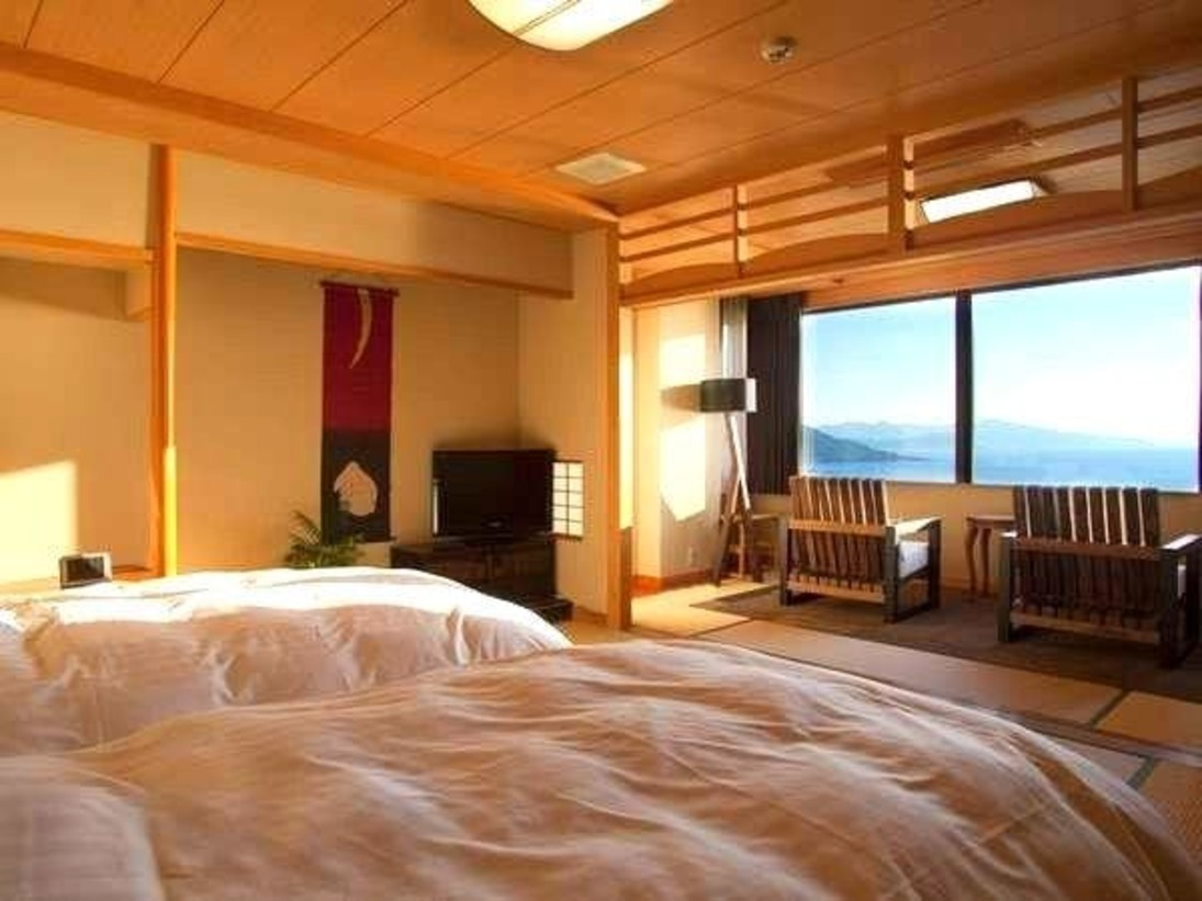 当館人気No.1の【最上階客室「天海」】はシモンズ製のベッドで心地よい睡眠をご提供します♪